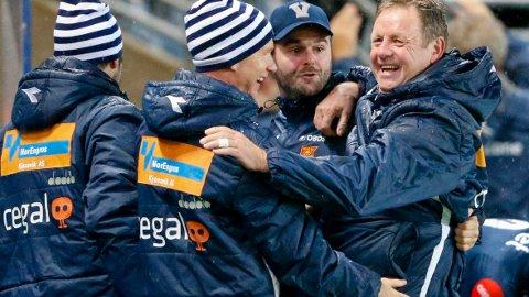 Bjarne Berntsen og Viking har hatt mange anledninger til jubel denne sesongen. Onsdag er det semifinale hjemme mot Ranheim og det er ikke sikkert Bjarne Berntsen og Viking prioriterer kveldens bortekamp mot Kristiansund like høyt.