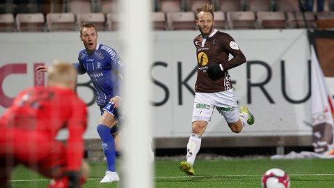 TETT: Hverken Magnar Ødegaard eller Tonny Brochmann hadde mye å juble for søndag.