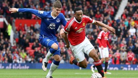 VERDIØKNING: Everton tjente godt da Manchester City banket på døren og ønsket seg John Stones.