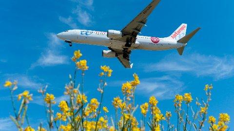 Organisasjonen Eurocontroll avdekket at en rekke europeiske flyselskaper spekulerer på å frakte med seg mer drivstoff en nødvendig, noe som utgjør langt større klimautslipp enn nødvendig. Flyselskapet som figurerer på bildet er tilfeldig valgt.