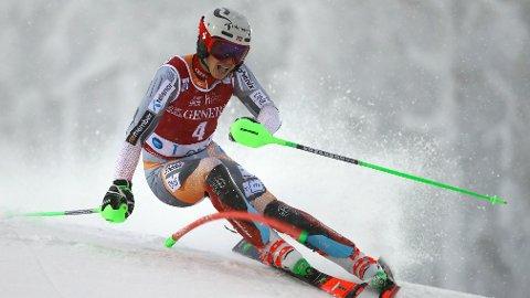 SEIER: Henrik Kristoffersen kjørte inn til sesongens første seier.