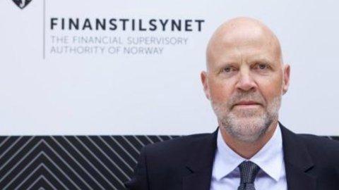 UTE MED NY RAPPORT: Finanstilsynet med Morten Baltzersen i spissen er ute med den årlige rapporten om norske banker og finansmarkeder, og som vanlig er det advarsler.