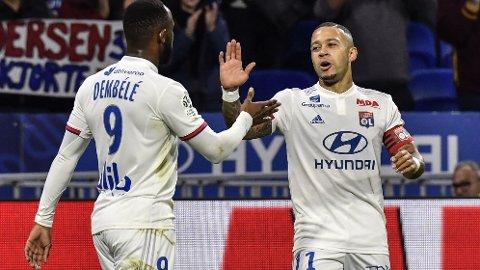 Memphis Depay og Moussa Dembele skal skyte Lyon til sluttspillet i kveldens hjemmekamp mot RB Leipzig.