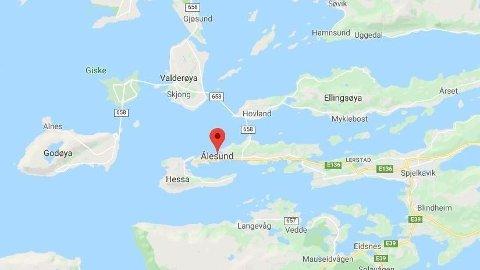 TRAFIKKULYKKE: Flere personer har vært involvert i en kollisjon i Ålesund.