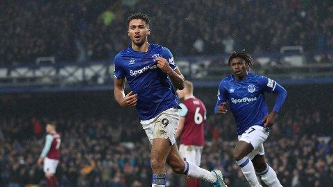 REDDET DAGEN: Dominic Calvert-Lewin gjorde Carlo Ancelottis Everton-debut langt hyggeligere enn det lenge så ut til.