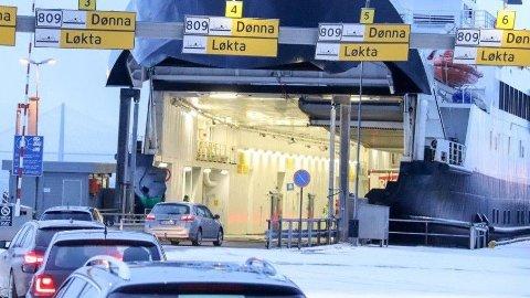 Fra 1. januar gjorde billettprisene på ferger og hurtigbåter i Nordland et kraftig hopp. Nå har fylkesrådet snudd og senker prisene til 2019-nivå.