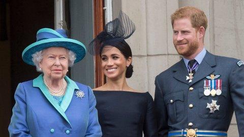 FAMILIE:Dronning Elizabeth sier at Meghan og Harry alltid vil være en del av familien, selv om de nå trekker seg tilbake fra sine kongelige plikter og ikke lenger skal motta apanasje.