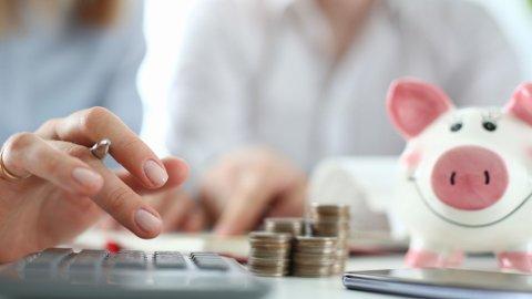 Nordnet opplever en stor pågang av sparere som vil ha pengene over i indeksfond, skriver artikkelforfatteren.