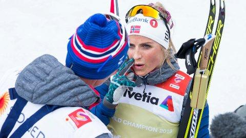 UENIGE: Ole Morten Iversen og Therese Johaug.
