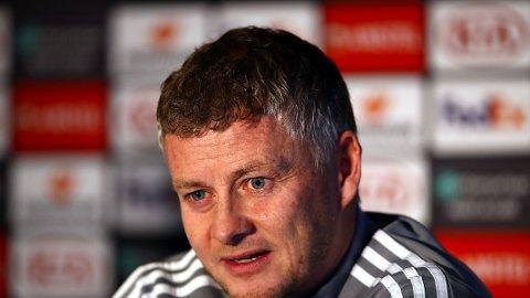 KLAR TALE: Ole Gunnar Solskjær møtte pressen før Manchester-derbyet.