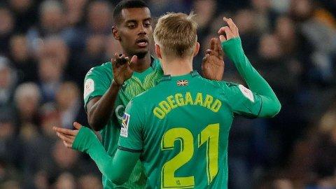 Martin Ødegaard og Alexander Isak senket Real Madrid nærmest på egenhånd ved å stå for tre av målene da Real Sociedad slo Real Madrid 4-3 i torsdagens kvartfinale i Copa del Rey.