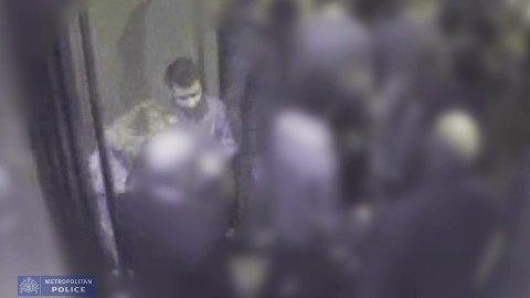 I forbindelse med tiårsmarkeringen i mars 2018, offentliggjorde Scotland Yard en overvåkingsvideo av Martine Vik Magnussen sammen med Farouk Abdulhak, som ble tatt idet de to forlater nattklubben Maddox på drapsnatten.