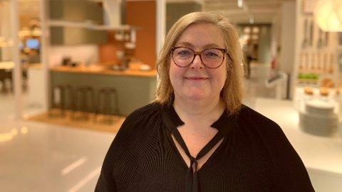 NY BUTIKK: Clare Rodgers er glad for at de nå har åpnet et planleggingsstudio i Oslo sentrum, som er det første i Norge.