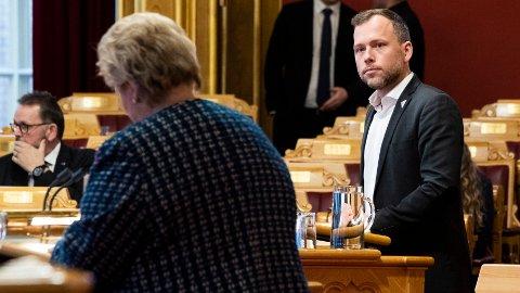 Antallet uføre mellom 18 og 29 år er doblet siden 2013 da Solberg-regjeringen tiltrådte, og har nådd over 20.000. SV-leder Audun Lysbakken (bildet) mener regjeringens politikk har ført til flere uføre. Foto: Berit Roald / NTB scanpix