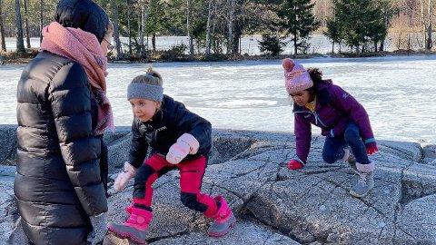 - Det er fint å få skolefri, sier seksåringene som Nettavisen møtte på Sognsvann fredag.