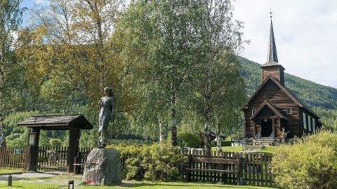 USKADD: Sel Kirke i Gudbrandsdalen ble natt til torsdag forsøkt påtent.