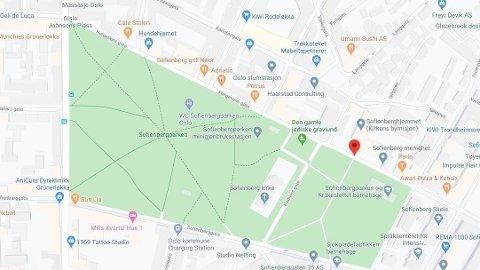 KNIVSTIKKING: En person har blitt knivstukket i Helgesens gate i Oslo.