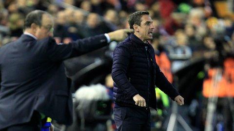 KYNISK: Gary Neville tok alle midler i bruk da han som Valencia-manager møtte Real Madrid.