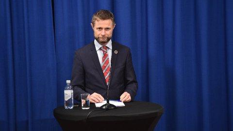 Helse- og omsorgsminister Bent Høie under en daglig pressekonferansen om håndteringen av koronasituasjonen forrige uke. Foto: Fredrik Varfjell / NTB scanpix