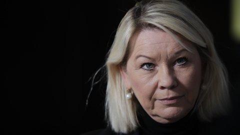 Justis- og beredskapsminister Monica Mæland (H) ber om fullmakt til å innkvartere asylsøkere i brakker eller teltleirer. Foto: Vidar Ruud / NTB scanpix
