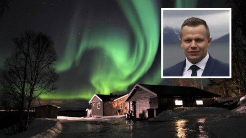 TAPT INNTEKT: Tommy Fagerborg (innfelt) taper mye penger når leieinntektene for huset i Lyngen forsvinner på grunn av Airbnb-avbestillinger.