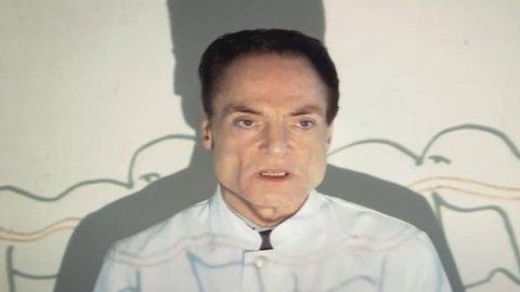 DØD: Den tyske skuespilleren ble kjent for rollen sin som en gal kirurg i kultfilmen «The Human Centipede».