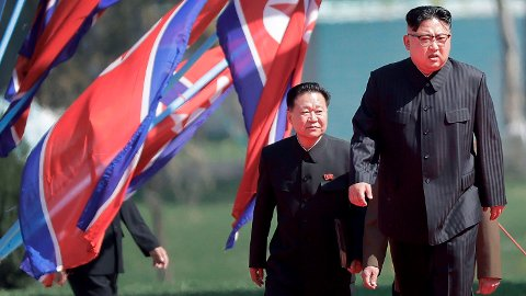 RYKTER: Ryktene har svirret om den nordkoreanske lederen Kim Jong-uns helse den siste tiden. Her et arkivbilde fra Pyongyang tatt for tre år siden.
