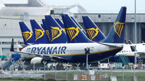 Ryanairs kunder kan måtte vente lenge med å få tilbake penger for flybillettene sine.