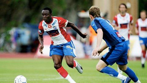 MÅLTYV: Chinedu Obasi mot Stabæk i 2007. Han scoret fem mål på elleve kamper før han dro til Hoffenheim sommeren samme år