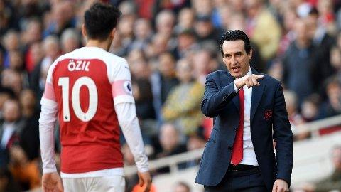 AVSLØRER DETALJER: Unai Emery forteller om tiden i Arsenal.