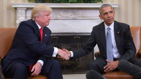 ISFRONT: USAs president Donald Trump og tidligere president Barack Obama er ikke akkurat bestevenner om dagen. Her fra det første møtet mellom påtroppende og avtroppende president i 2016.
