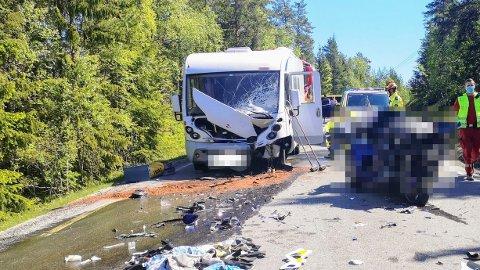 DØD: En MC-fører omkom etter en ulykke på Notodden.