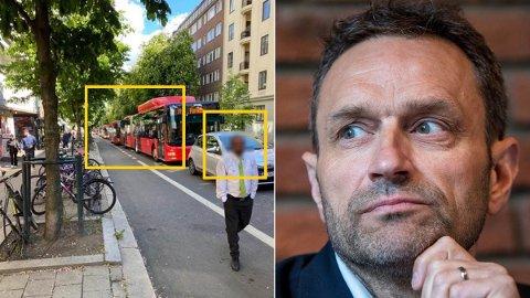 KAOS: Det ble nødvendig med en luftetur for bussjåføren etter å ha stampet i kø i lang tid i sommervarmen på Bygdøy Allé.