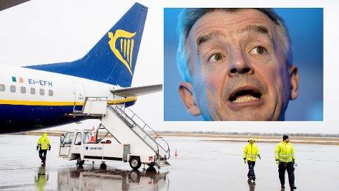 VIL IKKE KANSELLERE: Ryanair vil ikke kansellere flygninger selv om Storbritannia innfører karantene ved innreise.