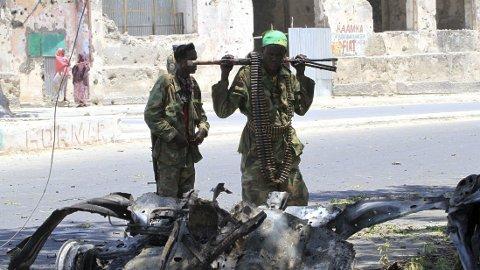TAR GREP: Terrorgruppen al-Shabaab tar grep for å stanse spredningen av koronaviruset.
