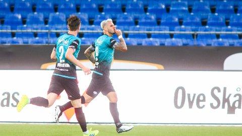 Aron Dønnum ble matchvinner for Vålerenga da vant 1-0 borte mot Sarpsborg 08 i seriepremieren tirsdag. Vi tror på ny seier for Vålerenga hjemme mot Stabæk i kveld.