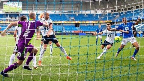 HJEMMESEIER: Ohi Omoijuanfo satt inn kampens eneste mål på Aker stadion lørdag. Det var med på å gi en tipper over 2 millioner kroner i premie.