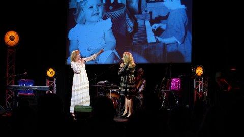 TILBAKE PÅ SCENEN: Anita Skorgan er for første gang tilbake på scenen etter Jahn Teigens bortgang. I sommer står hun på scenen i Sandefjord sammen med Elisabeth Andreassen med deres helt eget show.