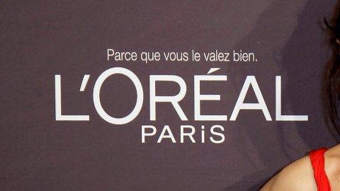 FJERNER ORD: L'Oréal vil fjerne en rekke ord fra sine hudprodukter i kjølvannet av de globale protestene mot rasisme.