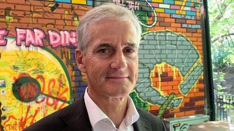 Ap-leder Jonas Gahr Støre lukker en eventuell regjeringsdør for Rødt og MDG.