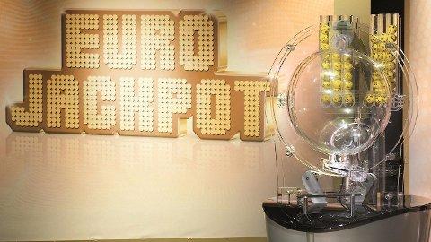 En nordmann vant nesten en halv millard kroner i Eurojackpot forrige fredag.