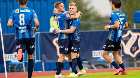 Stabæk-jubel i 2-0 seieren over Strømsgodset hjemme på Nadderud onsdag kveld.