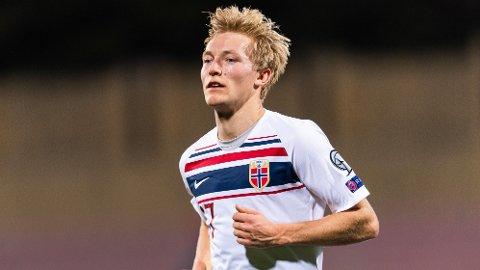 Birger Meling forlater Rosenborg til fordel for Nimes i Ligue 1. Venstrebacken har skrevet under på en treårs-kontrakt med den franske klubben.