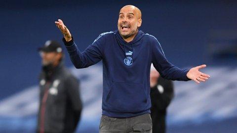 FORSVARSKJEMPE PÅ VEI BORT: Guardiola antyder langt på vei at han kommer til å kvitte seg med en av midtstopperne i klubben etter sesongen.