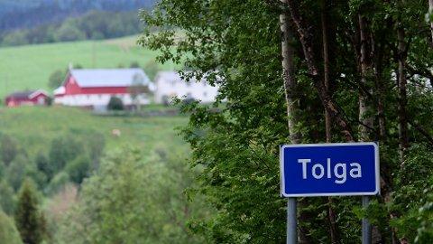 ERSTATNING: Brødrene Lars Peder og Magnus Holøyen var registrert som psykisk utviklingshemmede av kommunen uten å vite det. Nå krever de tre millioner kroner i erstatning.