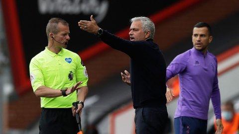 Tottenham-manager Jose Mourinho var alt annet enn fornøyd med dommerens innsats i kampen mot Bournemouth.