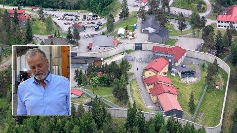 Eirik Jensen (innfelt) har sittet i Kongsvinger fengsel siden han ble pågrepet 19. juni da han ble dømt til 21 års fengsel for grov korrupsjon og medvirkning til hasjsmugling i en årrekke.