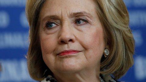 Hillary Clinton mener man må forberede seg på at president Donald Trump om han taper valget i november, vil hevde at valget var ugyldig og at han vil gi skylden på poststemmer.