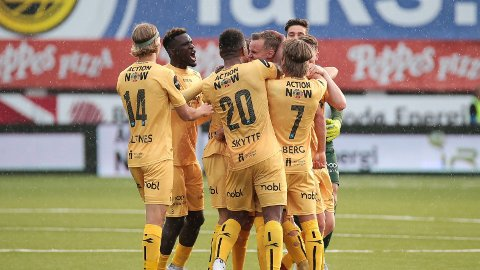 Bodø/Glimt-feirer Marius Lode sin vanvittige scoring mot Kristiansund.