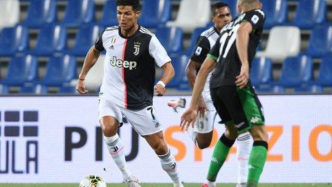 Cristiano Ronaldo i aksjon for Juventus mot Sassuolo i forrige uke.